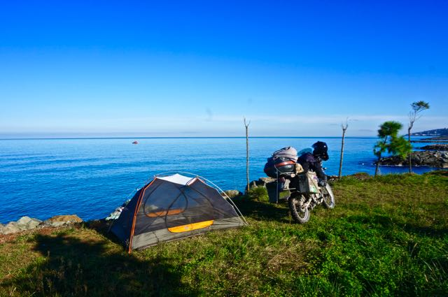 camping black sea turkey shore beautiful travel adventure motorcycle trip route